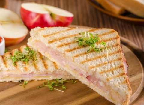 Grilled Ham, Cheese, and Apple Sandwiches